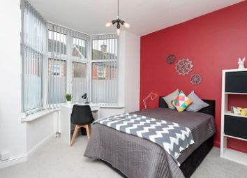 Thumbnail 5 bed shared accommodation to rent in Ash Road, Aldershot