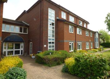 Furzehill Road, Borehamwood WD6. 1 bed flat