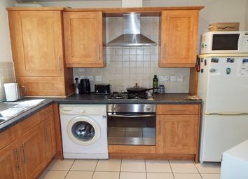 2 bed flat to rent in Grantley Road, Boscombe, Bournemouth BH5