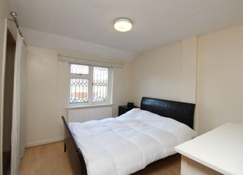 Thumbnail 5 bedroom terraced house to rent in Danescombe, Lee