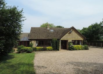 Thumbnail 4 bed property to rent in Hook Norton, Banbury