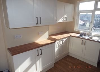 Thumbnail 3 bed flat to rent in Doncaster Road, Doncaster