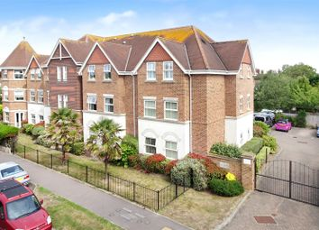 Manor Road, East Preston, West Sussex BN16. 2 bed flat for sale