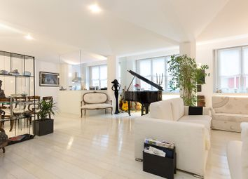 Thumbnail 3 bed apartment for sale in Milan City, Milan, Lombardy, Italy