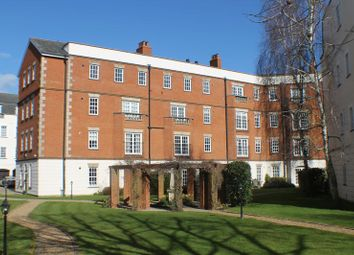 Thumbnail 1 bed flat for sale in Queens Reach, East Molesey
