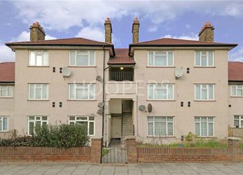 2 bed flat for sale in North Circular Road, London NW10