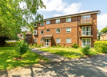 Thumbnail 2 bed flat for sale in Parrs Close, South Croydon
