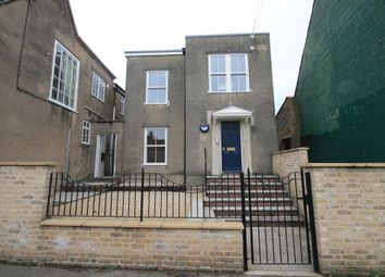 Thumbnail 2 bed flat to rent in Silver Street, Warminster