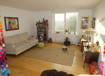 Thumbnail 2 bed flat to rent in Broomans Terrace, Lewes