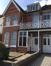 Thumbnail 1 bed flat to rent in Pembroke Avenue, Hove