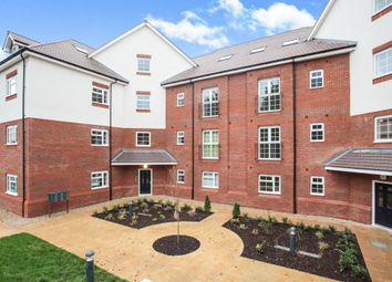 Thumbnail 2 bed penthouse for sale in Lower Luton Road, Harpenden, Herts