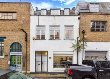 Thumbnail Mews house for sale in Kings Terrace, Camden, London