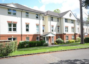 Thumbnail 2 bed flat to rent in Boundary Road, Farnborough