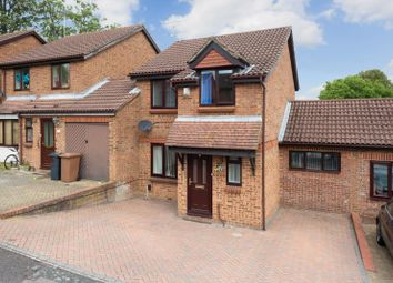 Thumbnail 3 bed property for sale in Northbrooke, Ashford