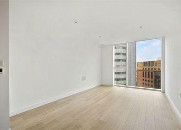 Thumbnail 1 bedroom flat to rent in 1 Saffron Central Square, Croydon, Surrey