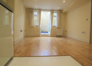 Thumbnail 1 bed flat to rent in Kew Road, Richmond, 5 Mins Walk Station