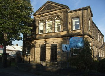 Thumbnail 1 bed flat to rent in Little Moor Road, Leeds