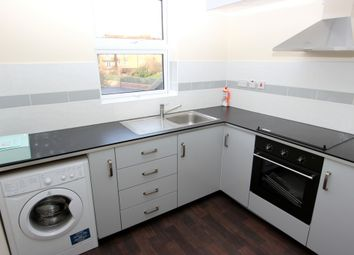 Thumbnail 3 bedroom flat to rent in Russell Hill Road, Purley