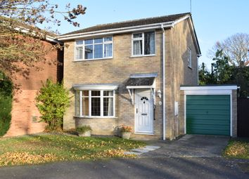 Thumbnail 3 bed detached house for sale in Crowther Close, Staplehurst, Tonbridge