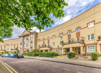 Thumbnail 2 bed flat to rent in Viscount Drive E6, Beckton, London,