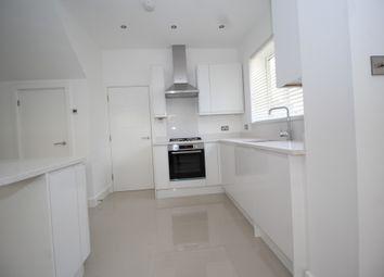 Thumbnail 2 bed flat to rent in Pelham Road, Beckenham, Kent