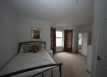 Thumbnail Room to rent in Wantage Road - Room 5, Reading