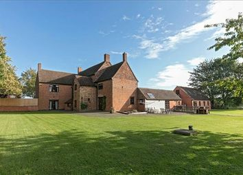 Thumbnail 5 bed detached house for sale in Napton Road, Southam, Warwickshire