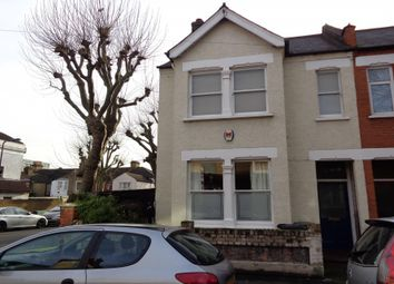 Thumbnail 2 bed town house to rent in Ferndale Road, London