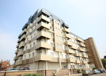 Thumbnail 2 bed property to rent in Buckingham Gardens, Slough