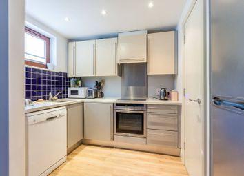 3 bed maisonette to rent in Adler Street, Aldgate, London E1