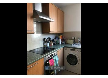 Room to rent in Elgin Mews North, London W9