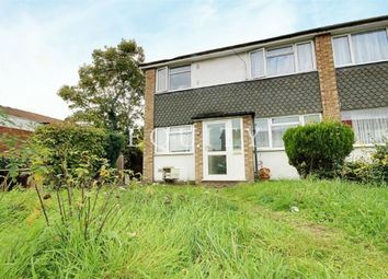 Thumbnail 2 bedroom detached house to rent in Kennedy Avenue, Enfield