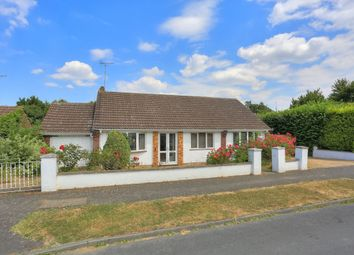 Thumbnail 3 bed bungalow for sale in Cheverells Close, Markyate, St. Albans
