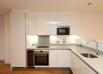 Thumbnail 1 bed flat to rent in Gateway House, 322 Regents Park Road, London