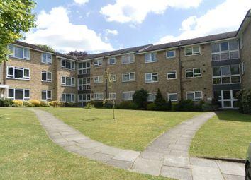 Thumbnail 2 bedroom flat to rent in Hempstead Road, Watford