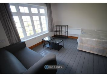 1 bed flat to rent in Watford Way, London NW4