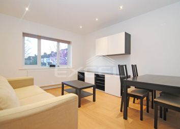 Thumbnail 2 bed flat to rent in Woodville Road, Brent Cross, London