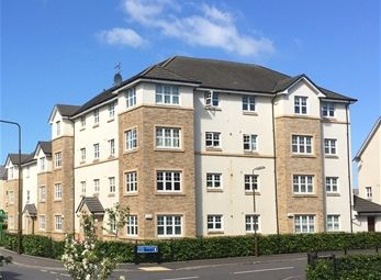 Thumbnail 2 bed flat to rent in Leyland Road, Bathgate, Bathgate