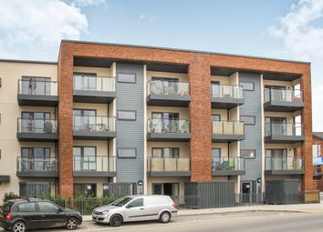 2 bed flat to rent in John Thornycroft Road, Southampton SO19