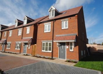 Thumbnail 4 bedroom detached house for sale in Upper Bourne End Lane, Hemel Hempstead
