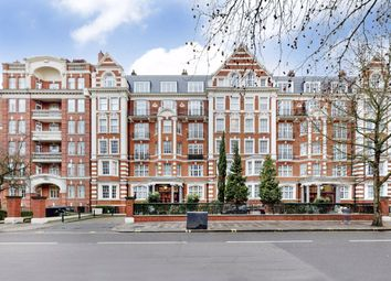Thumbnail 3 bed flat for sale in Sandringham Court, London