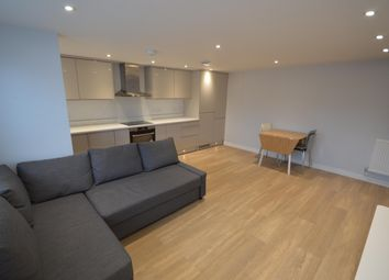 1 bed flat to rent in Ray Park Avenue, Maidenhead SL6