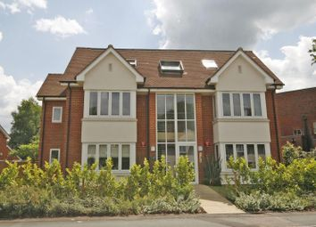 Thumbnail 2 bed flat to rent in Station Road, West Byfleet