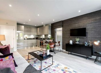 Thumbnail 2 bed flat for sale in Rosebay House, Friern Park, North Finchley, London
