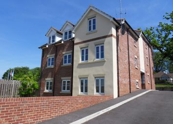 Thumbnail 2 bed flat to rent in Bournemouth Road, Chandlers Ford