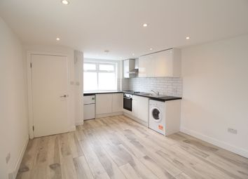 Thumbnail Flat to rent in High Street, Hornsey