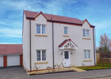 Thumbnail 4 bed detached house for sale in Horseshoe Crescent, Wellesbourne, Warwick