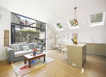 3 bed maisonette for sale in Collingbourne Road, London W12