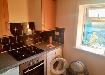Thumbnail 2 bed flat to rent in Colne Road, Brierfield