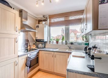 Thumbnail 1 bed flat to rent in Hazlewell Road, Putney